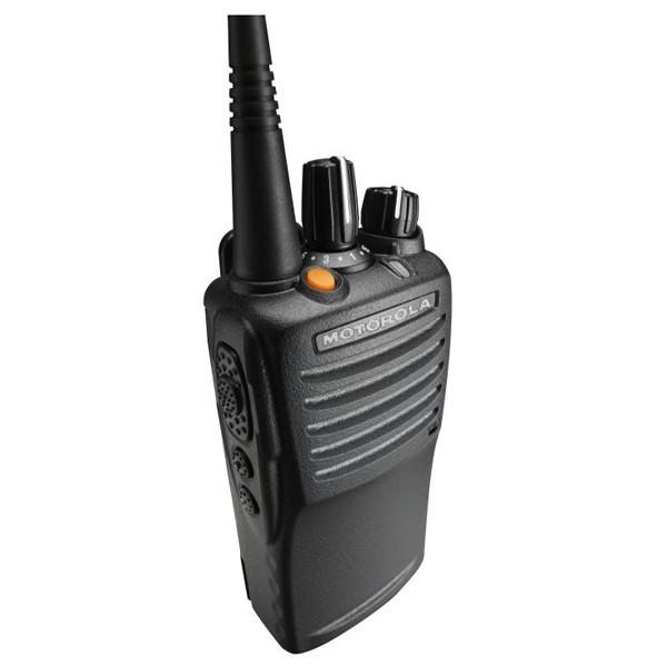 Цифровая рация Motorola VX-451